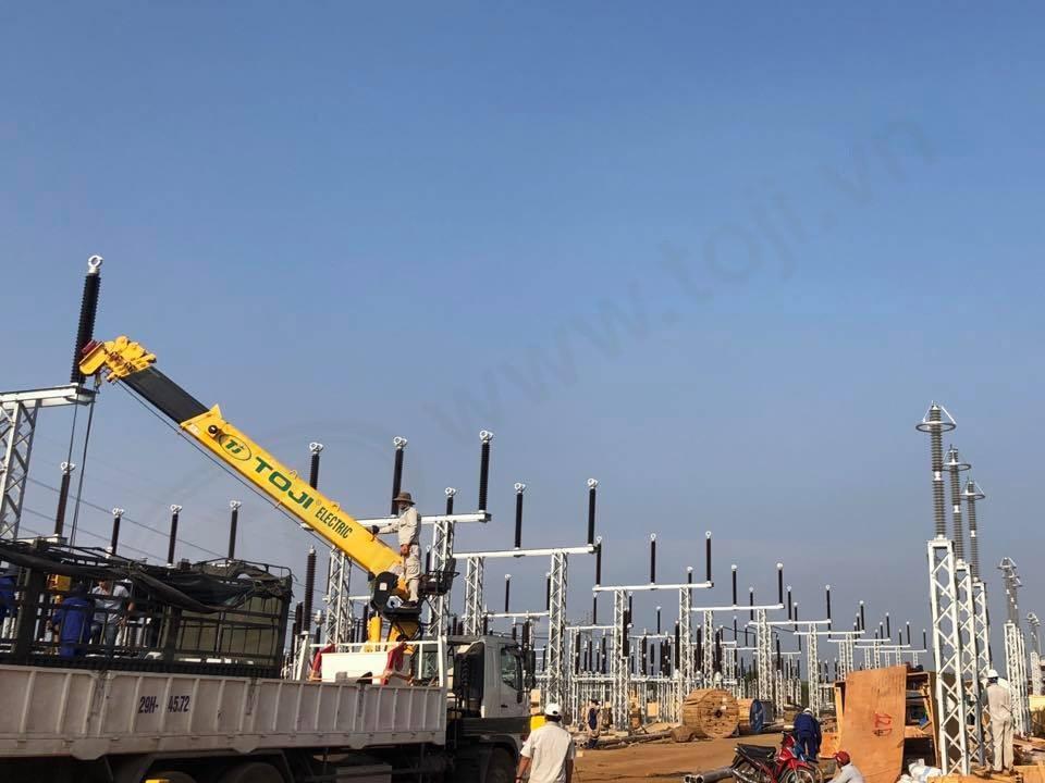Đóng điện thành công 4 trạm 220kV điện mặt trời Đá Bạc