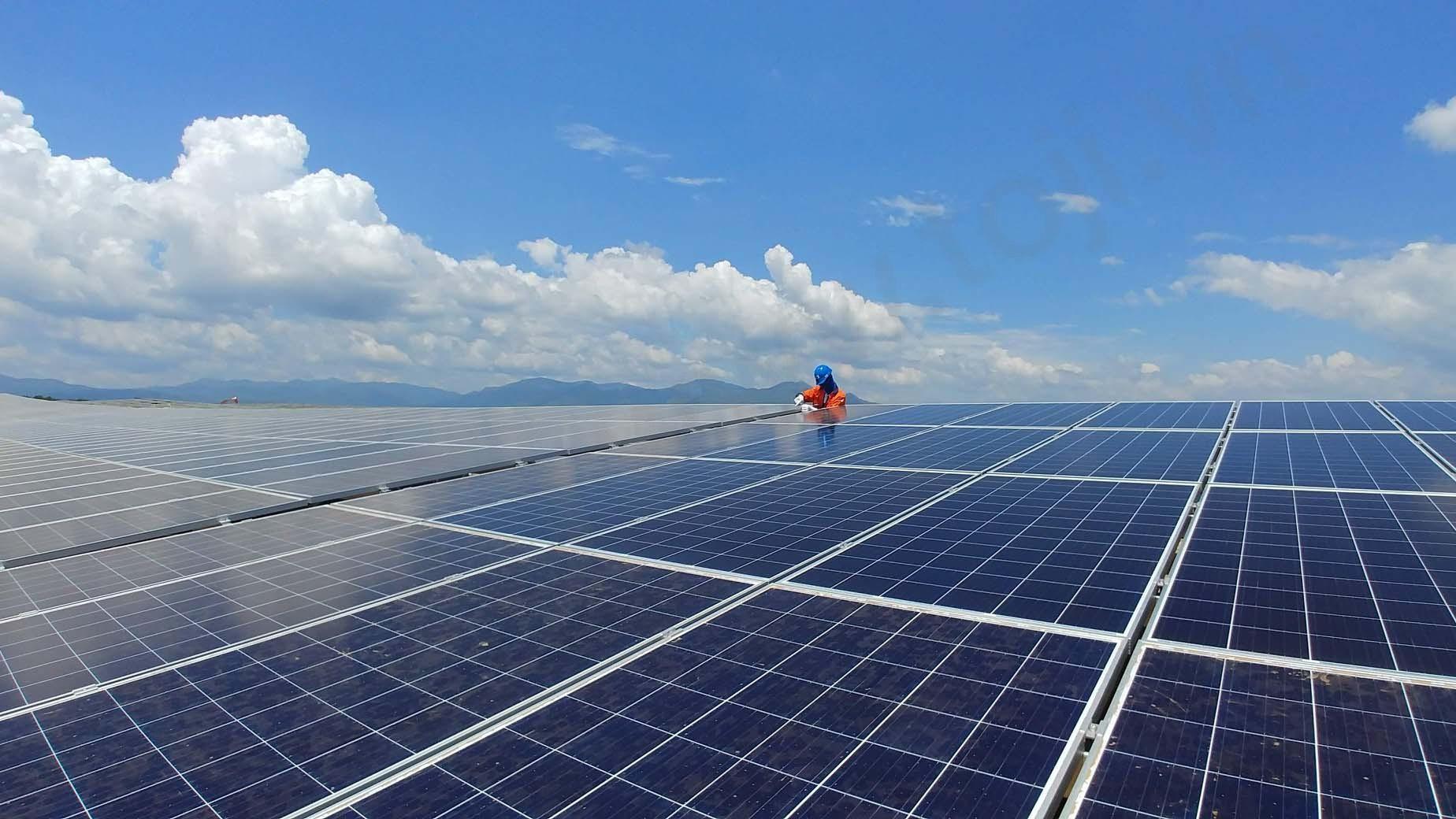 Đóng điện thành công Trạm biến áp 110kV điện mặt trời BIM