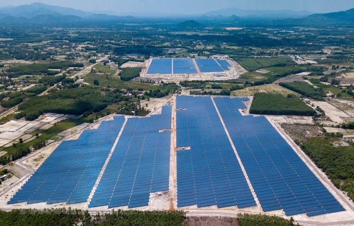 Đóng điện thành công trạm 110kv điện mặt trời Cát Hiệp
