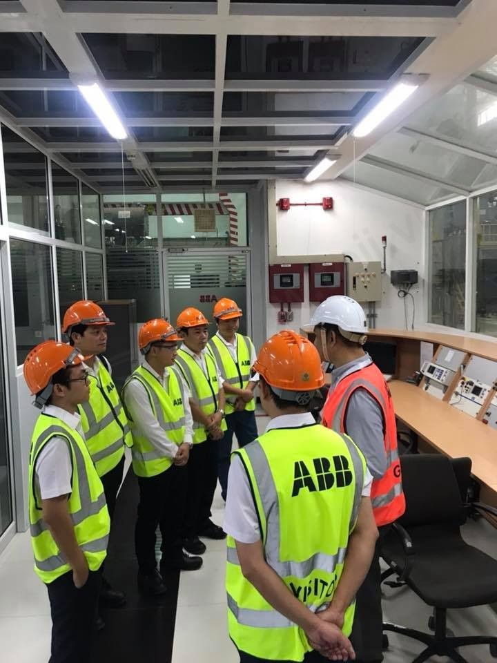 Toji đến thăm và làm việc với nhà máy ABB Thái Lan