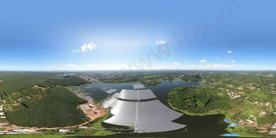 Nhà máy Điện Mặt Trời nổi Hồ Tầm Bó chính thức vận hành thương mại